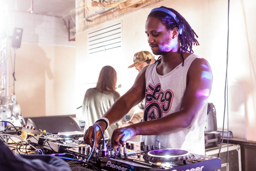 DJ Nigga Fox